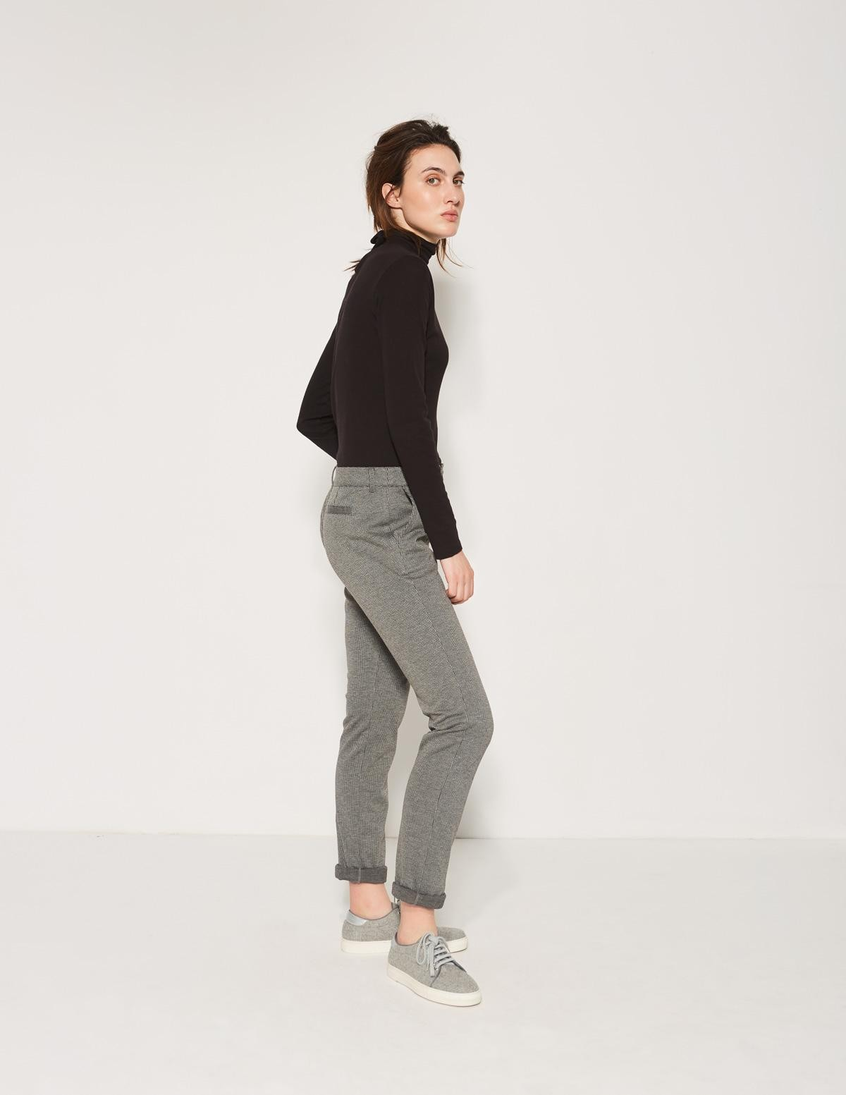 Pantalón con bolsillos - Ítem1
