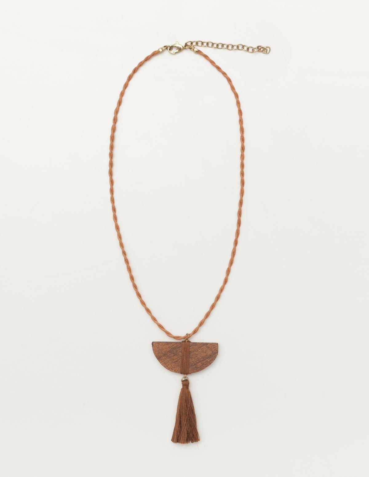 Wooden piece necklace - Item1