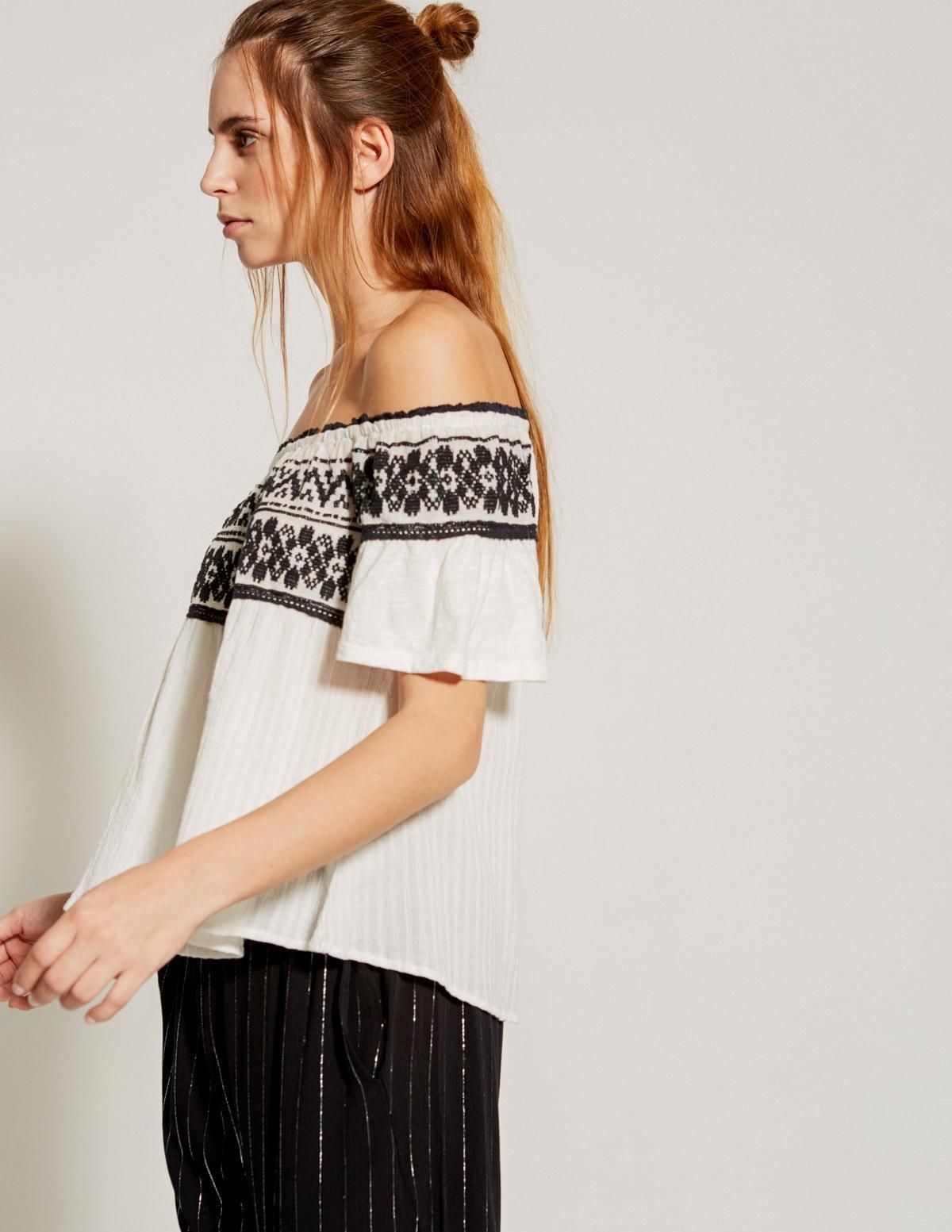 Camiseta bordado canesú - Ítem1