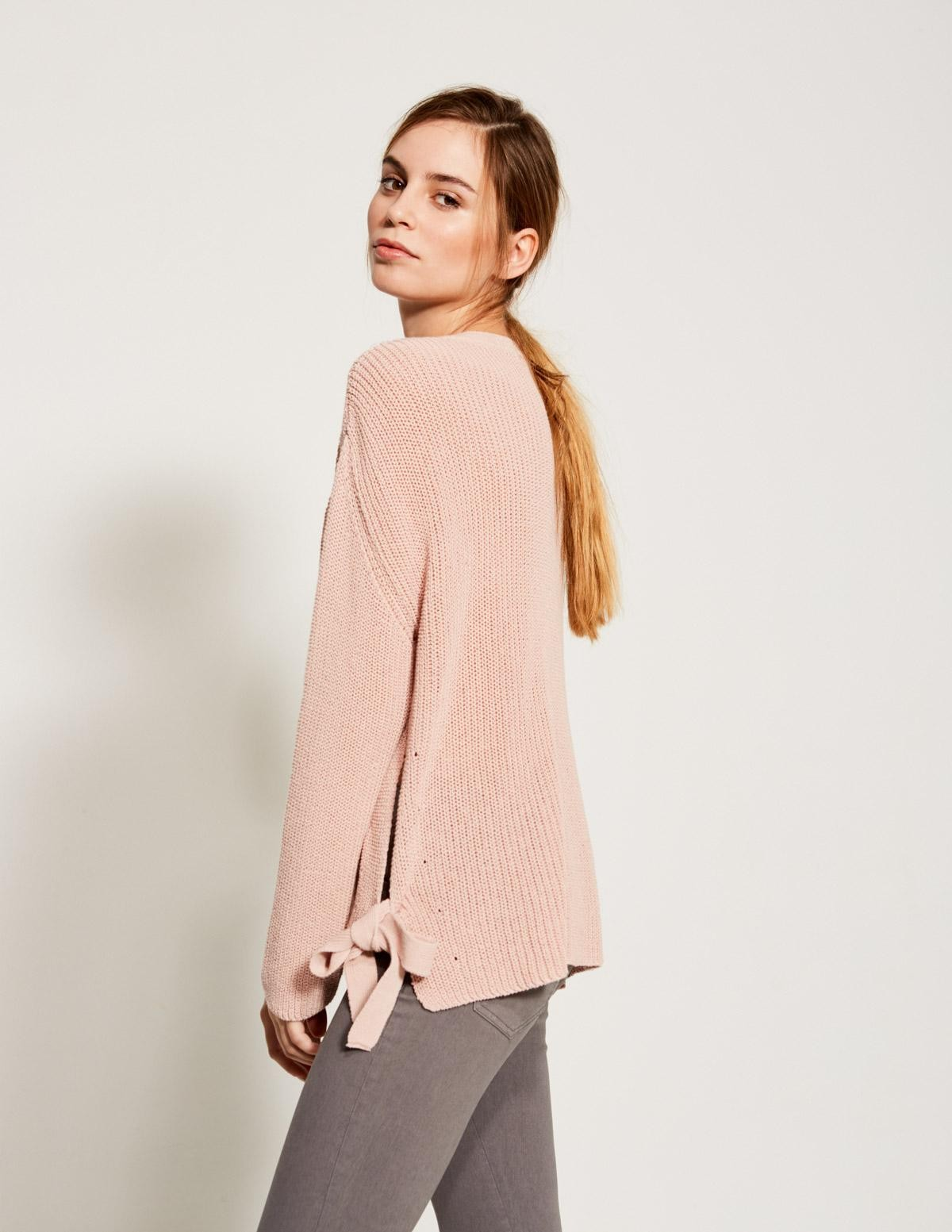 Bow side sweater - Item2
