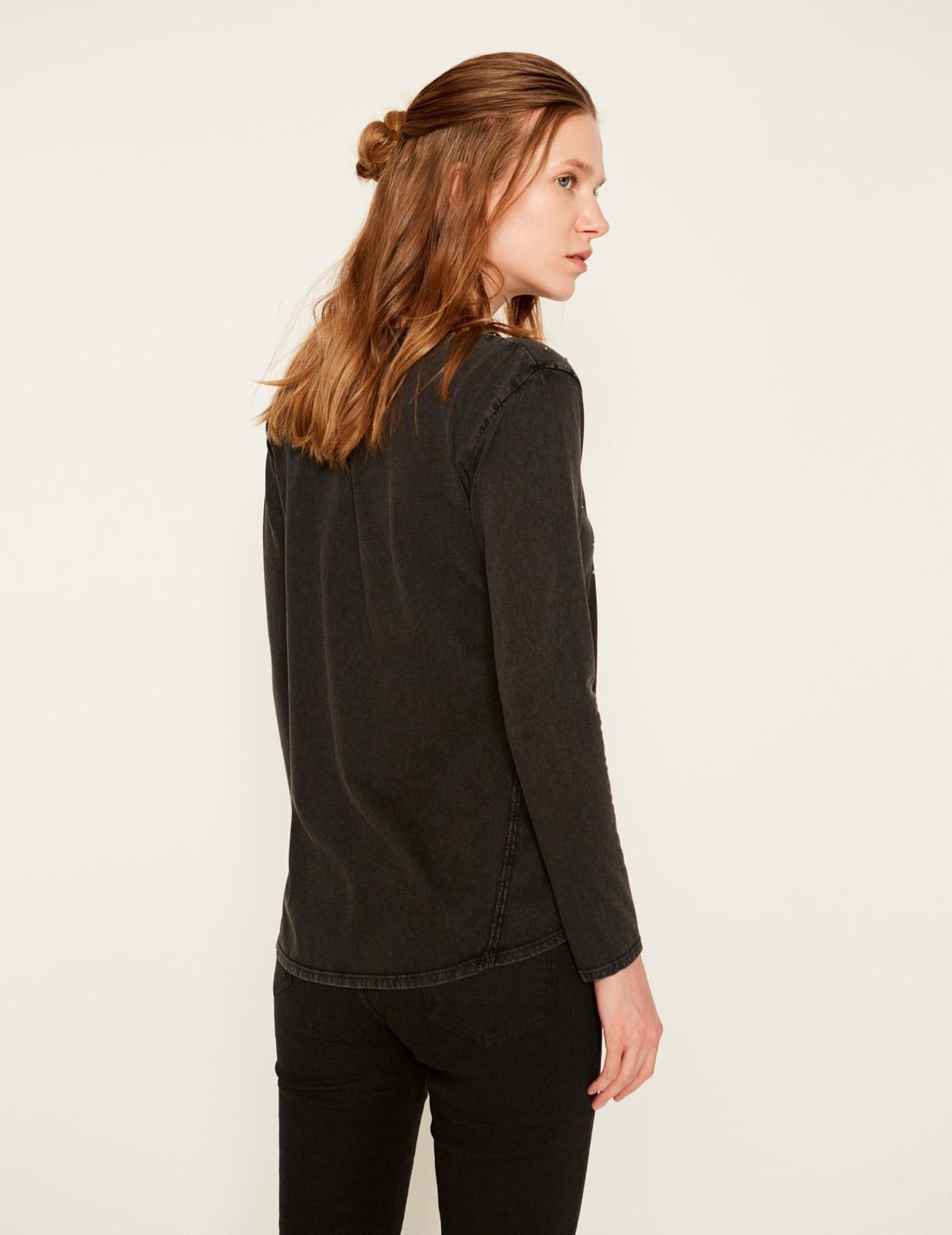T-shirt orné de perles - Item1