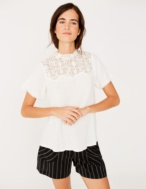 A-line t-shirt with lace edging - Item