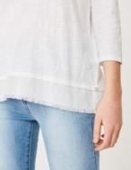 Camiseta cuello pico en espalda - Ítem2