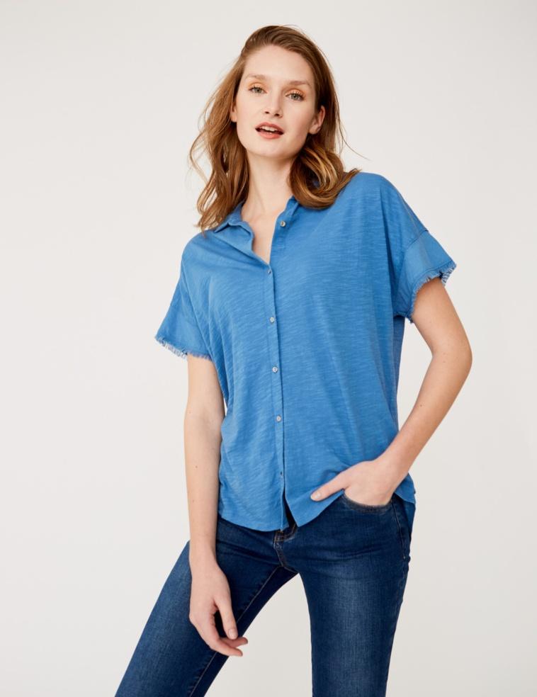 Camisa con tejidos combinados