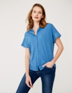 Shirt with sleeve detail - Item