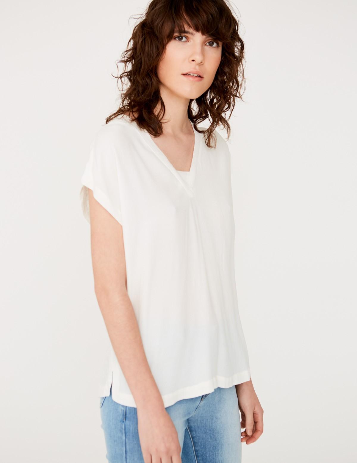 Camiseta tejidos combinados