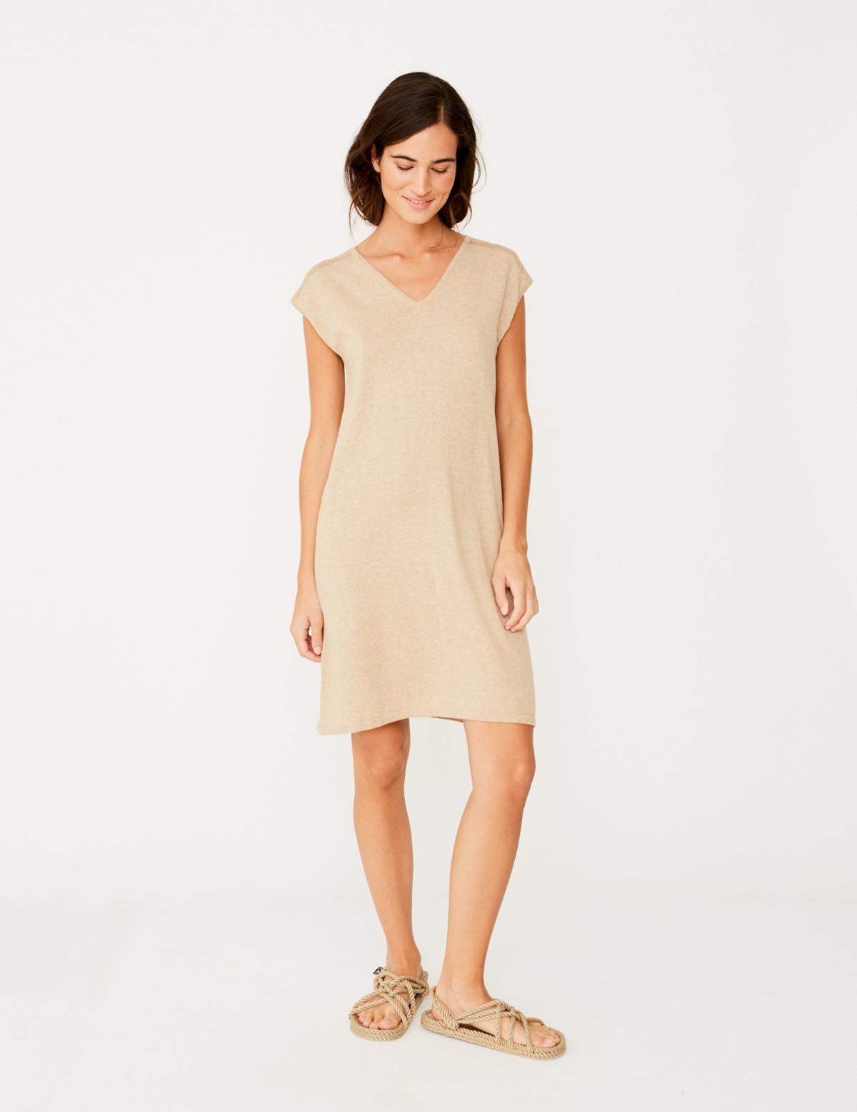 9a1d280e9dfdd Sleeveless dress with v-neckline - Item