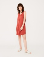 Strap dress with V-neckline - Item