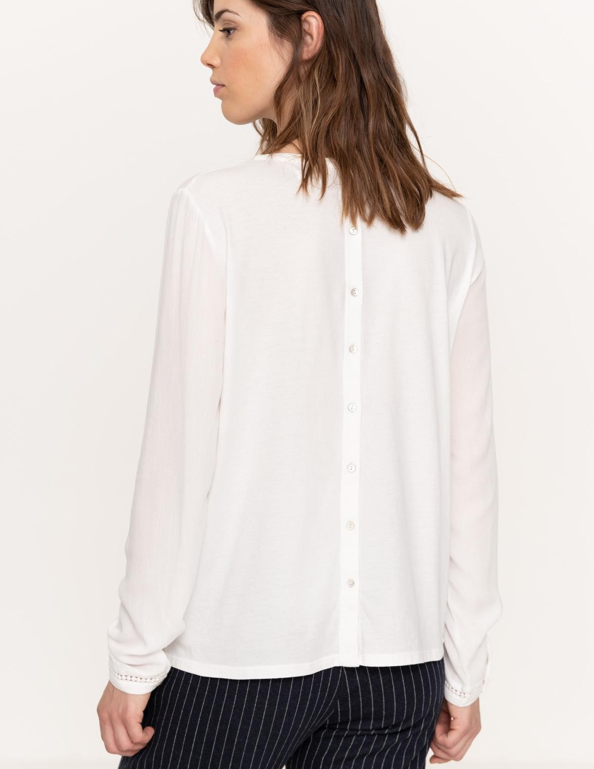 Camisa detalles puntilla - Ítem1