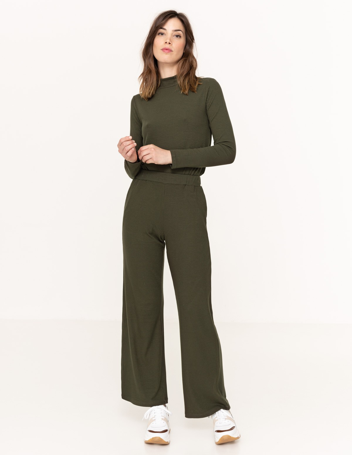 Ribbed cropped trousers