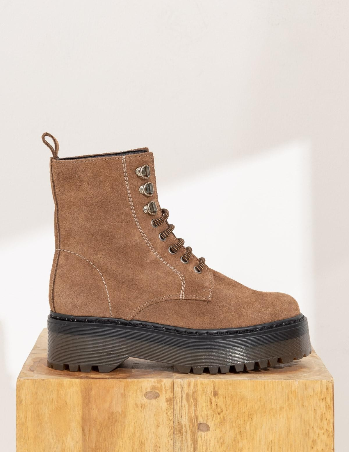 MOUNTAINEER STYLE BOOTY - Item1