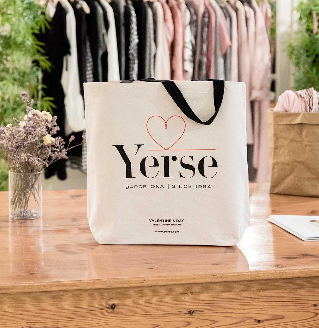 Shopping bag Valentine's Day