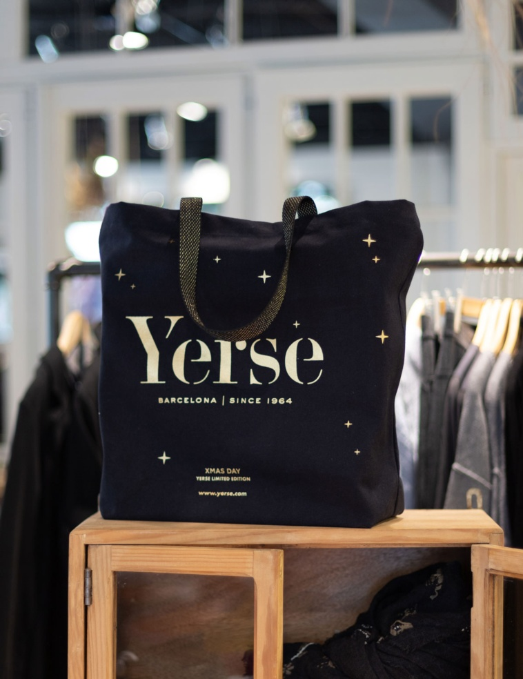 Shopping bag #YerseXmas