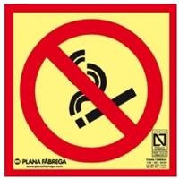Placa fotoluminescente Prohibido fumar CLASE A 21x21cm.