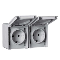 Base doble Schuko horitzontal 16A 250V. IP65 gris