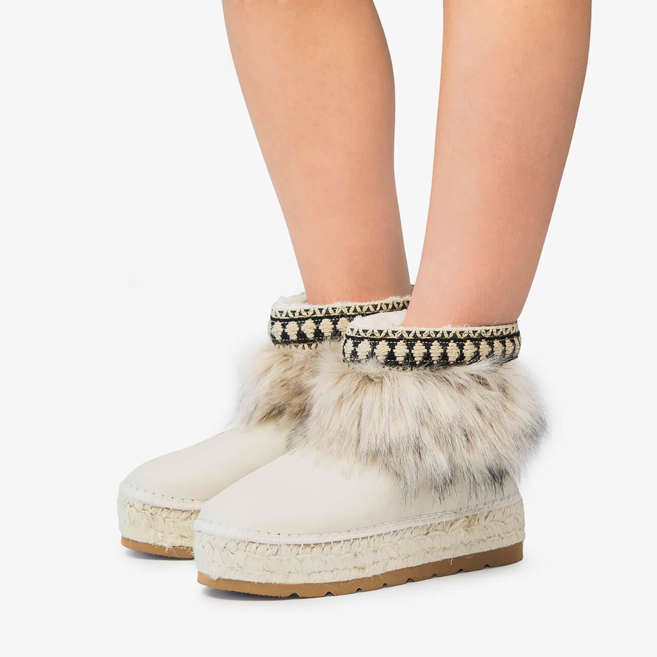 women's booties - Item3