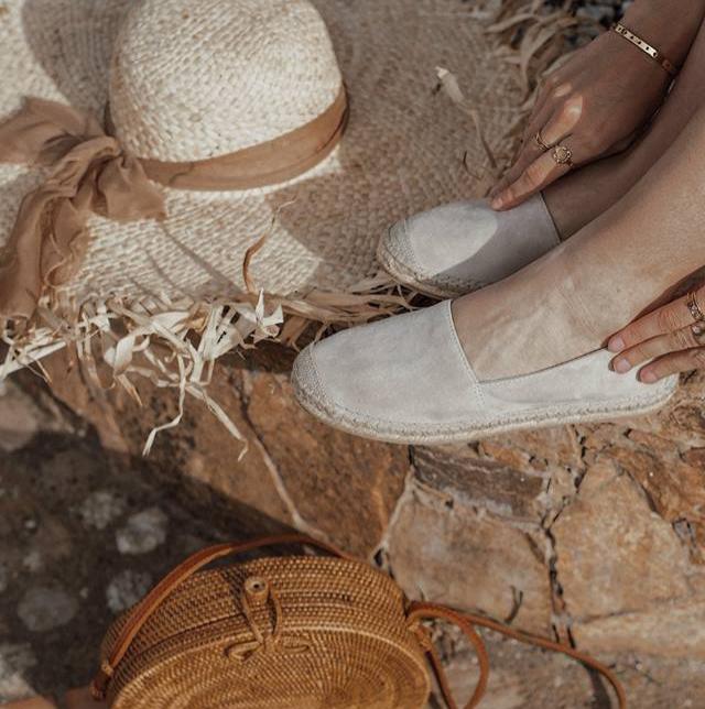 limpiar-zapatos-esparto