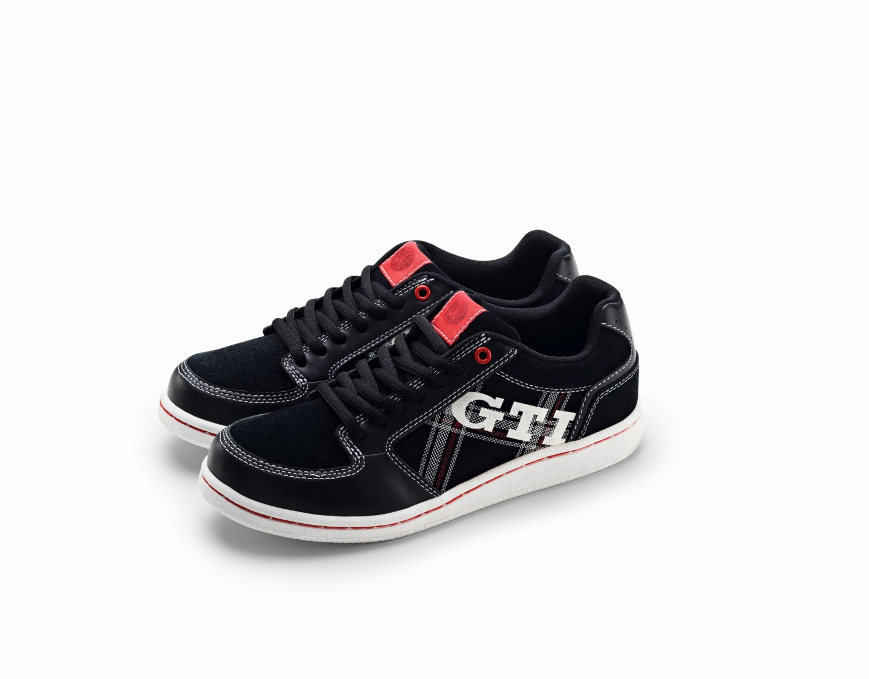 Calzado deportivo unisex, colección GTI