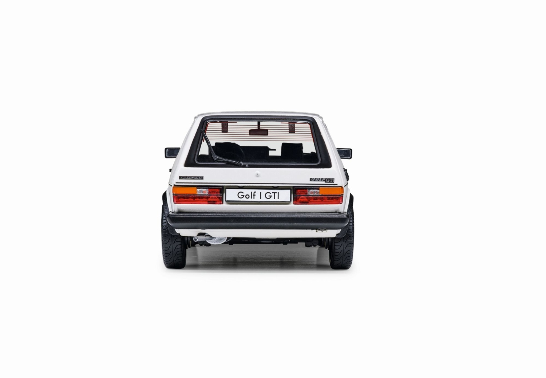 Golf 1 GTI 1983, escala 1:18 - Ítem - 2