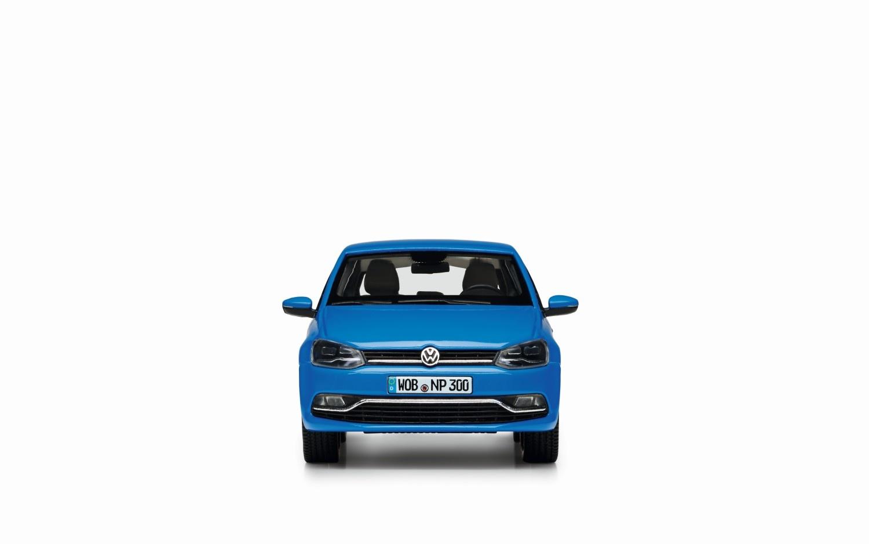 Polo V (GP) Cornflower blue, escala 1:43 - Ítem1