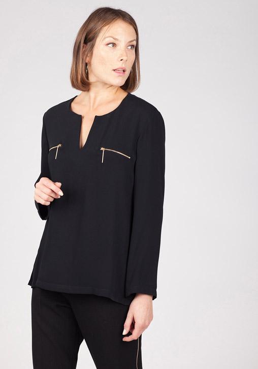 Blusa negra bolsillos