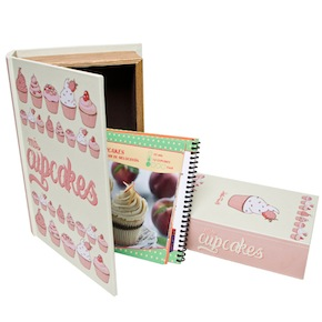 SET OF 2 CUPCAKES BOOK BOX HF