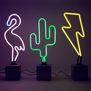 SET OF 3 NEON FIGURES LCM