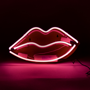 NEON DE PARED LABIOS LCM