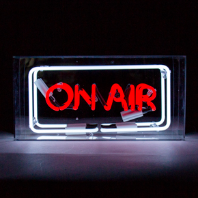ACRYLIC NEON BOX ON AIR LCM
