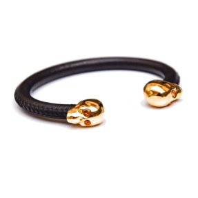 Skull black leather bracelet
