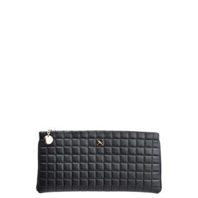 Black Matelassé Clutch - Leather Handbags | TARA´S