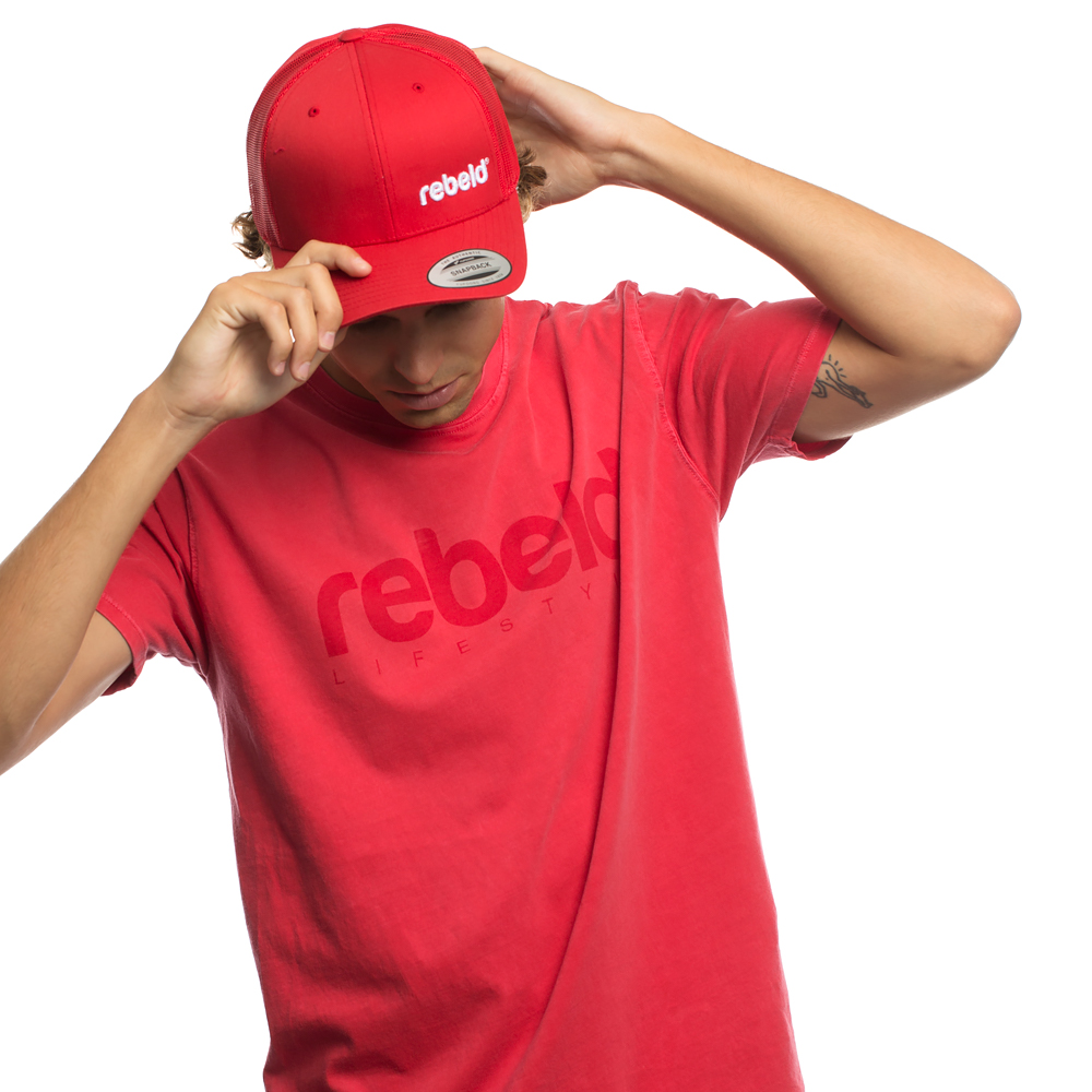 Camiseta rebeld washed roja
