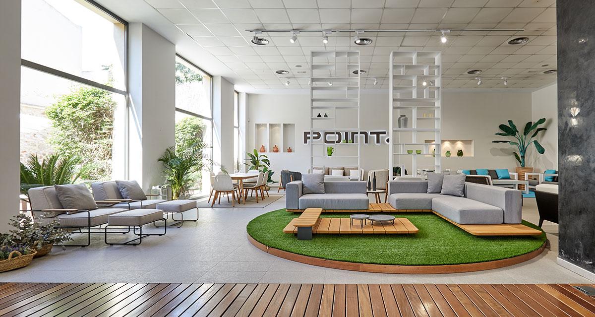 Besuchen Sie unseren Designmöbel Showroom in Gata de Gorgos, um unsere Designobjekte für den Außenbereich kennenzulernen.