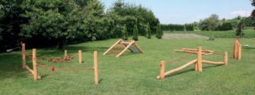 Circuito montessori de madera no tratada de robinia