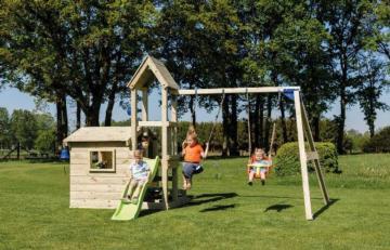 Parque infantil Blue Rabbit lookout con columpios, parque infantil en forma de iglesia, parque infantil iglesia, parque infantil con columpios y tobogán, parques infantiles de madera, columpios de madera, parques infantiles blue rabbit, columpios