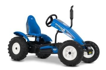 tractor de pedales BERG new holland BFR