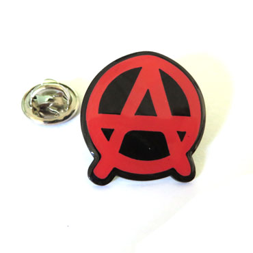 ANARCHY Red Pin Metálico