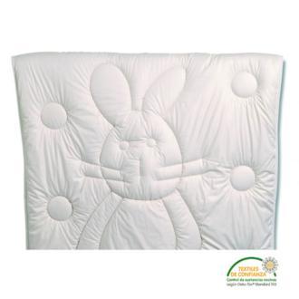 El tacto es asombrosamente suave y el relleno de 800 gr de lana permite una regulación natural de la temperatura que asegura un entorno de descanso agradable y seco.