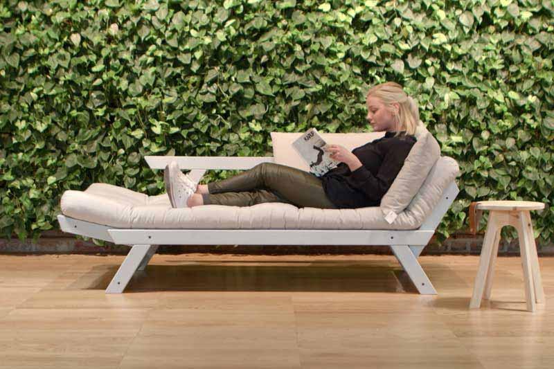 Sofás cama de madera de pino Karup