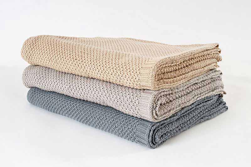 Colchas, sábanas, mantas y plaids naturales - Ropa de cama de entretiempo