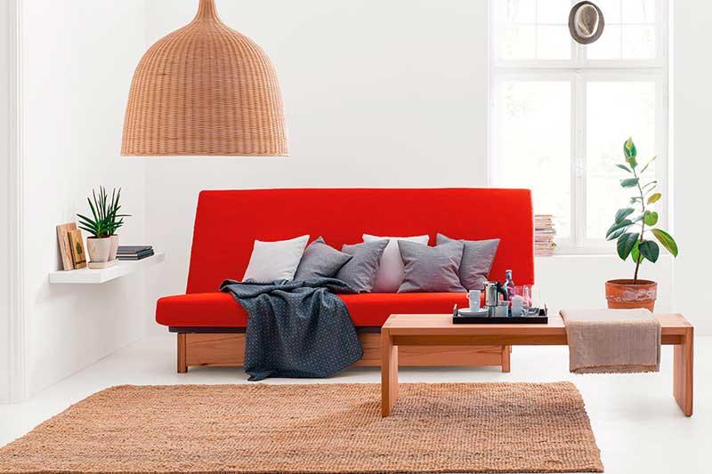 Sofás cama diseñados para aprovechar el espacio