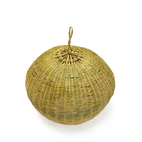 la lámpara redonda Caleta forma artesanal que invitan a disfrutar del tiempo, de la luz y de los espacios abiertos.