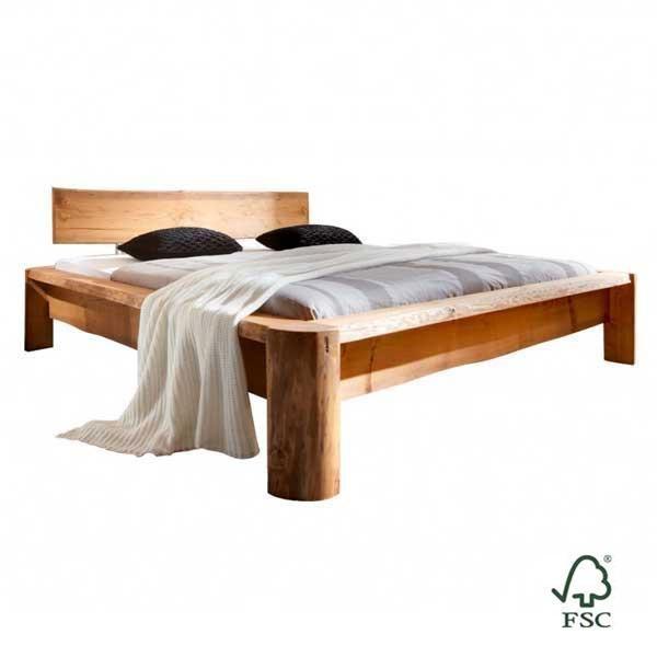La cama de madera maciza de pino Tundra es de pino natural de Escandinavia y está tratada con ceras naturales