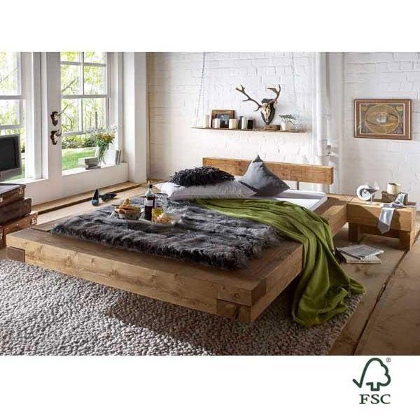 La Chalet Brus es una cama de madera maciza hecha con pino escandinavo certificado FSC