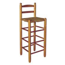 Taburete alto con respaldo, asiento de enea: es posible adquirirlo en crudo, con la madera sin tratar o barnizada en diferentes tonos.
