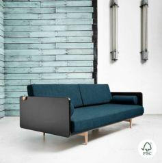 Deva está diseñado para ser tanto el sofá principal de la casa como para usarse de cama de invitados gracias a su confortable y resistente futón.