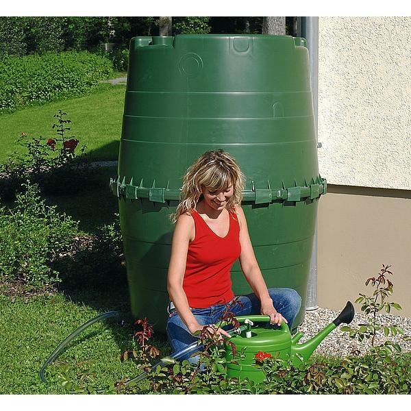 Depósito de gran capacidad para recuperar el agua de lluvia
