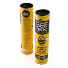 Green Bomba Bee Friend son unas bolas de arcilla que contienen en su interior semillas de flores melíferas, especialmente indicadas para alimentar a las abejas y decorar tu balcón.