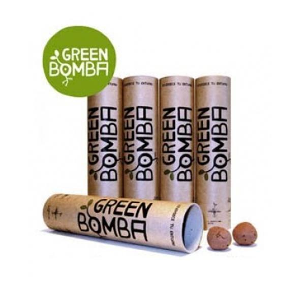 Green Bomba son unas bolas de arcilla que contienen en su interior semillas de bosque mediterráneo