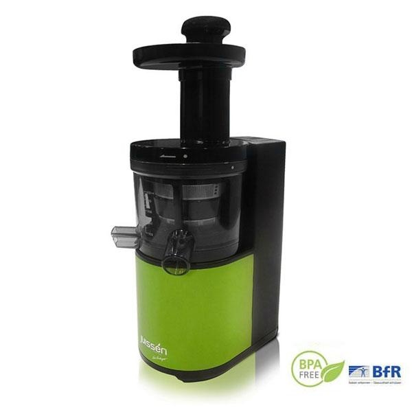 El extractor de zumos Xevi Verdaguer separa la fibra del zumo para conservar los componentes nutritivos de la fruta y la verdura, y proporcionar de este modo el color natural y el gran sabor de los zumos recién exprimidos.